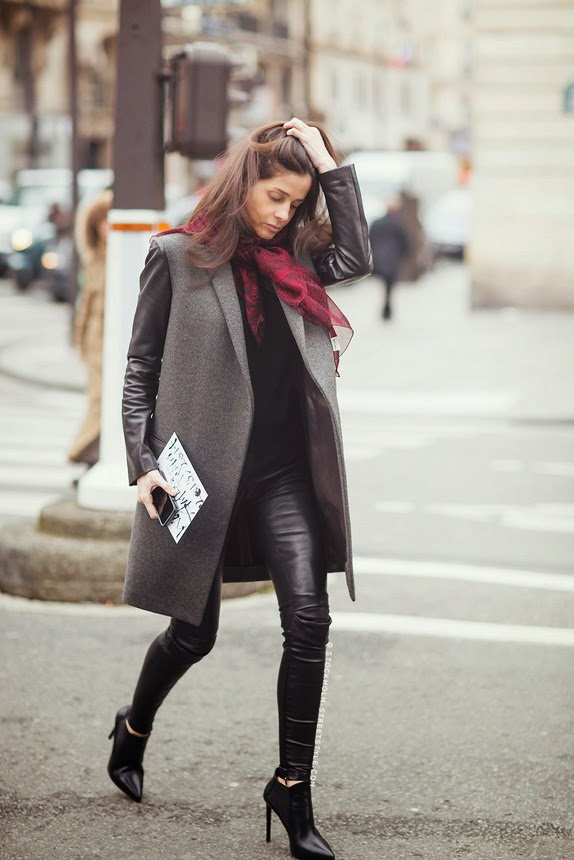 How to wear: leather pants Image 3